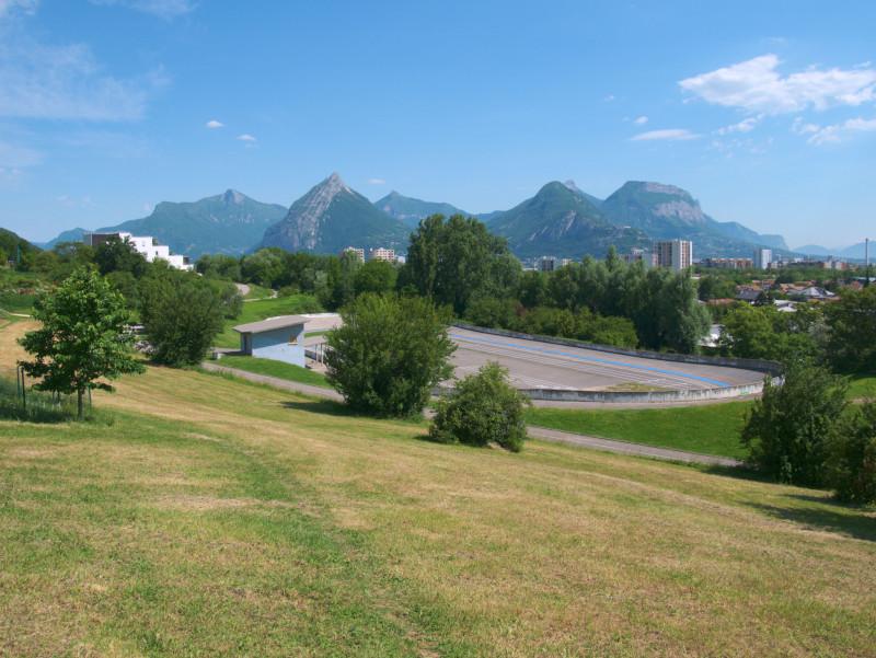 Panorama sur le massif de la Chartreuse depuis la Frange Verte de Seyssins