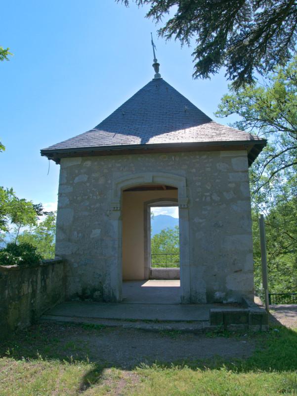 Le pavillon du château de Miribel