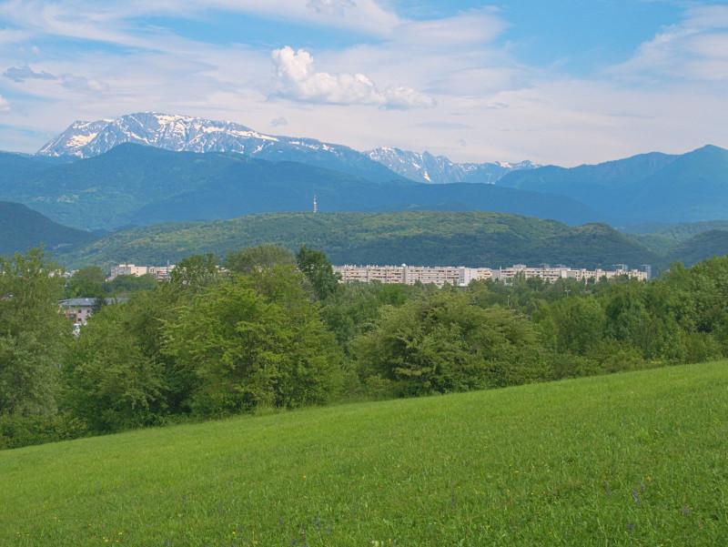 Vue sur le massif du Taillefer depuis la Frange Verte