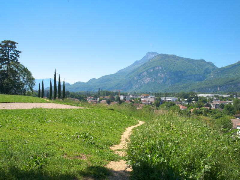 Vue sur le massif du Vercors depuis le Fontanil-Cornillon